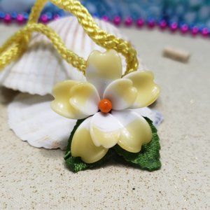 Vintage Japanese Acrylic Flower Yellow Necklace